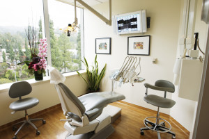 dentist chair in hollywood